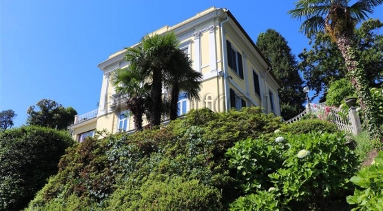 Вилла в стиле либерти с видом на острова Борромео