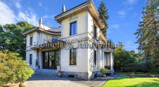 Stresa. Maggiore Lake. Luxury Villa